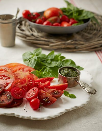 Basil and tomato salad