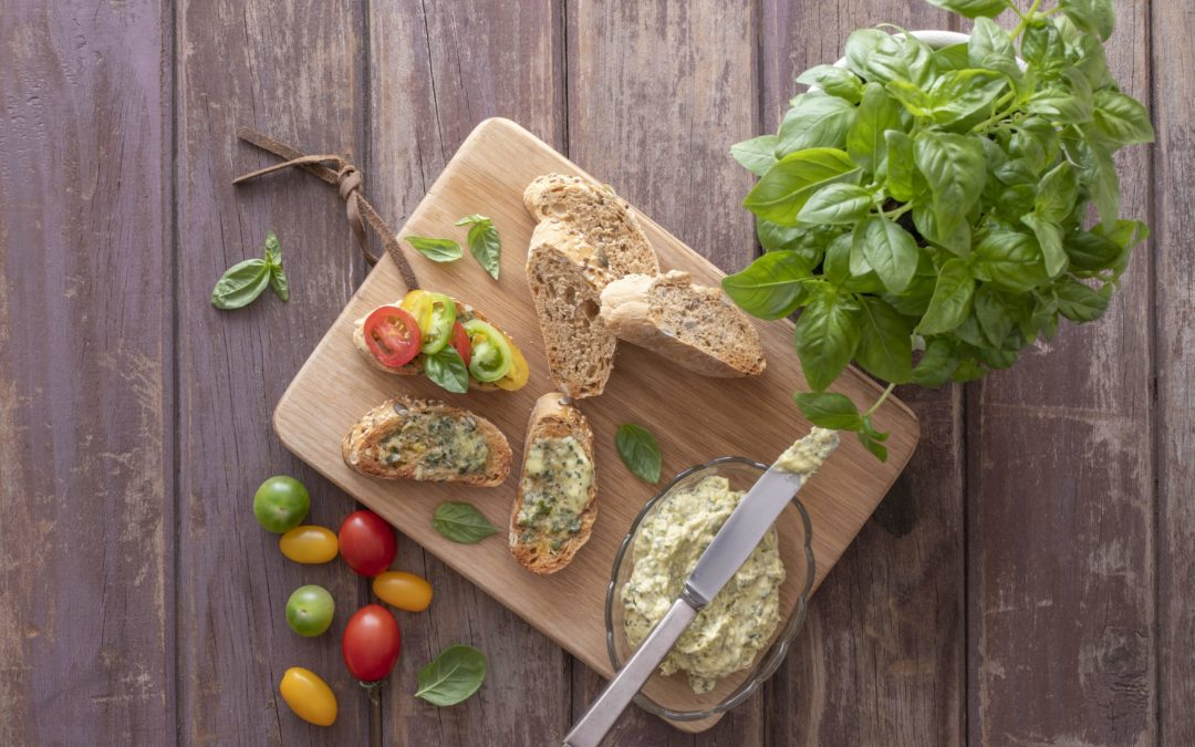 Basil butter recipe: how to make, use & store