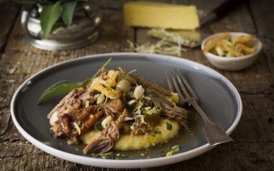 Pulled pork with sage, apples & pears