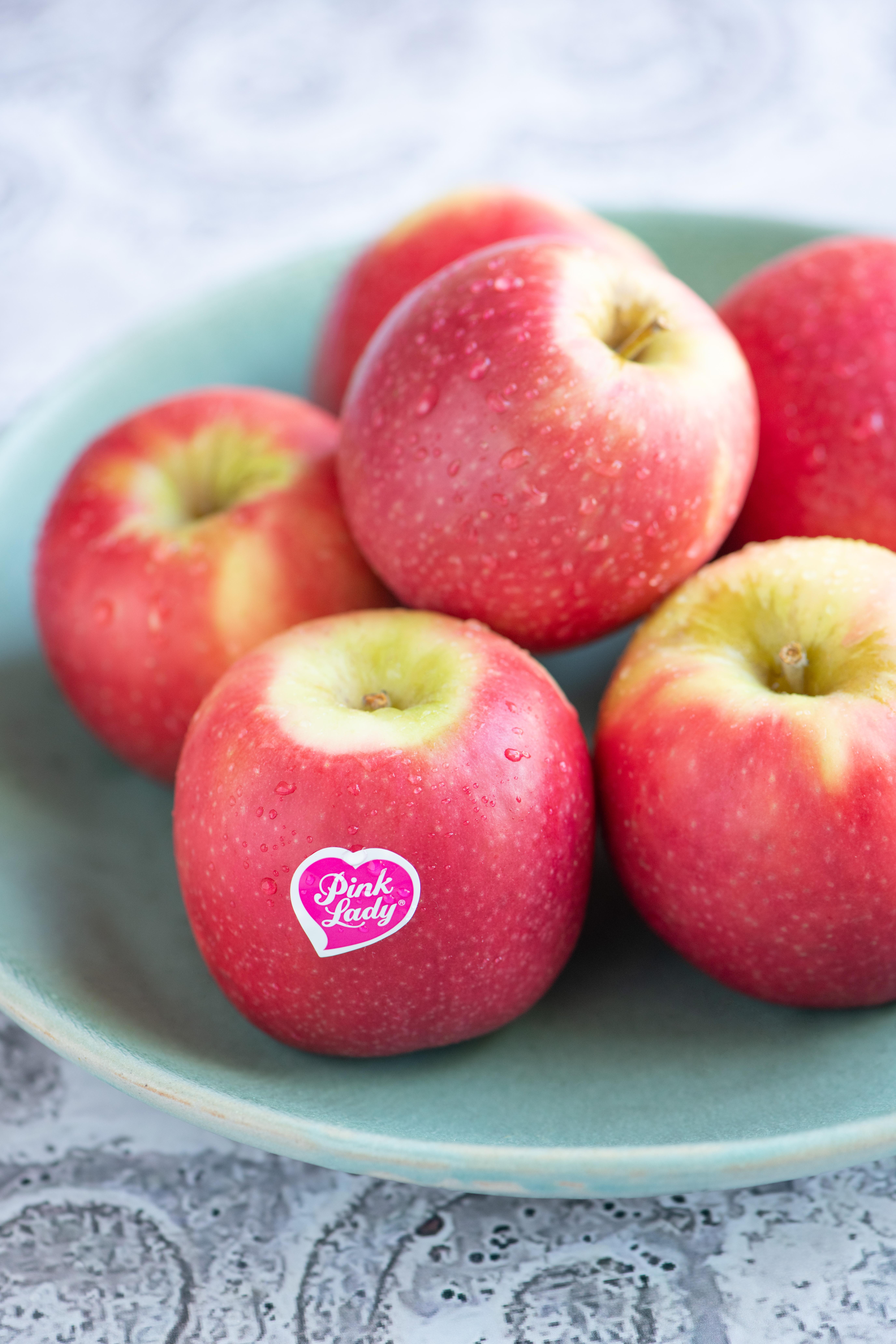 Easy apple crumble